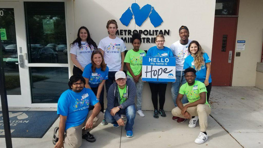 Pinellas college students participating in a Metro Immersion mission trip