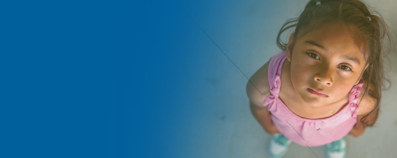 20200902-website-header-image_childlookingup